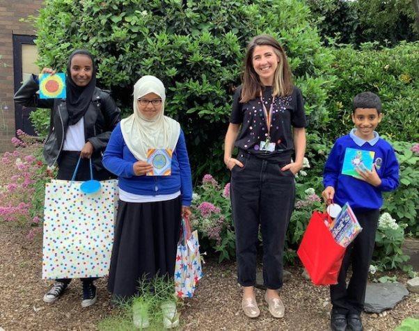 \\Homefolder1.cardiff.gov.uk\Home\EDUCATION\Child Friendly City\Healthboard Comp\Winners with Dr Ayla Cosh.jpg